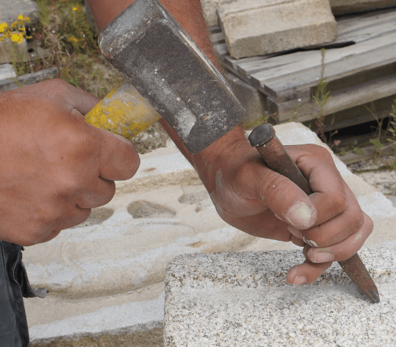 Carrières Le Gal tailleur de pierre Morbihan Bretagne